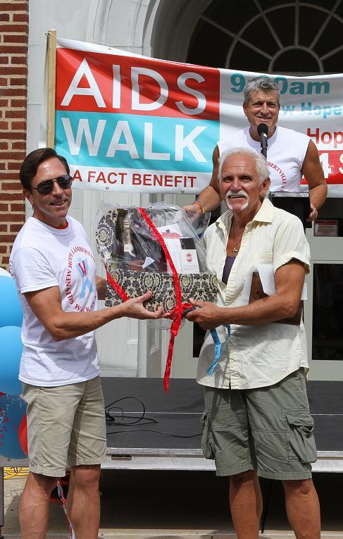 Al Wins 2014 Walk